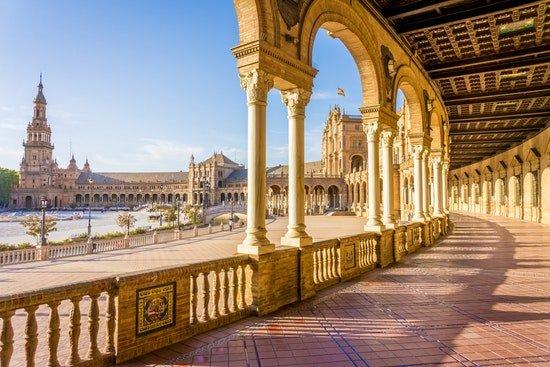 نمایی از کاخ های اسپانیا